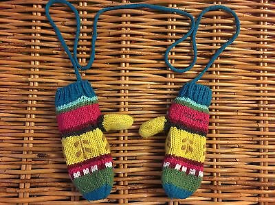 Catimini Girls' Mittens on a cord, Age 4-6 Yrs, T4, Beautiful design
