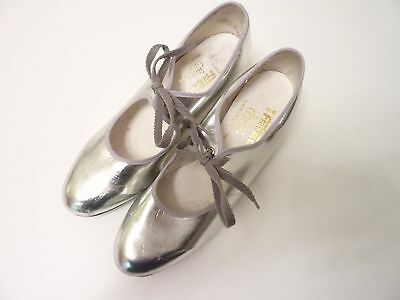 Freed Ladies Silver Tap Shoes Cuban Heels Size 6.5