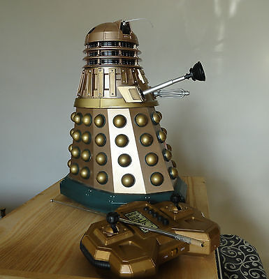 Doctor Who Gold Dalek Remote Control 12 inch 1994  ?