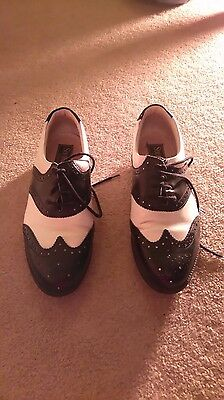 Lovely Vintage Golf Shoes In Size 5 Uk, 38 Eu
