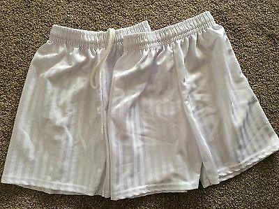 Children's white shorts, size 4-5yrs