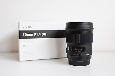 Sigma 50mm f/1.4 Art Lens for Canon Excellent Condition