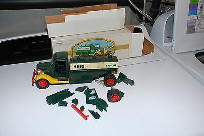 1980 Hess The First Hess Truck Wrecked In The Original Box  Red Switch