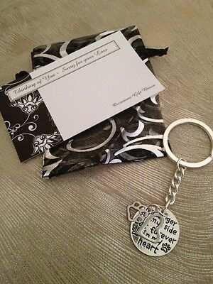 Pet Memorial Key Ring - Dog or Cat -Heart and Paw Print - New!