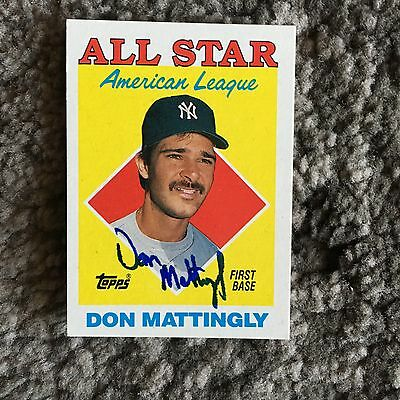 Don Mattingly Signed New York Yankees Autographed Card