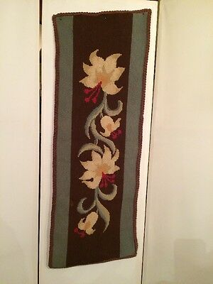 Beautiful! Antique Victorian Needle Point Hand Stitching Table Runner