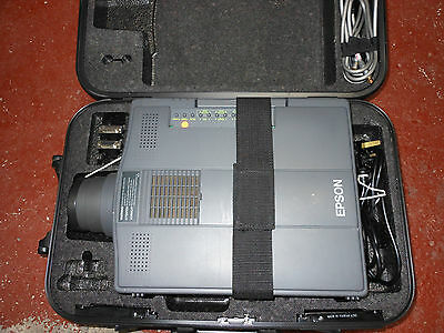 Epson ELP 3000 Projector with case