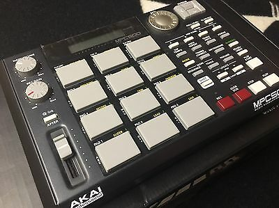 Akai MPC 500 Portable Music Production Center