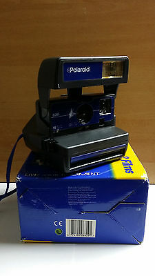 Polaroid 636 Blue pulse.  Excellent condition fully tested. with original strap