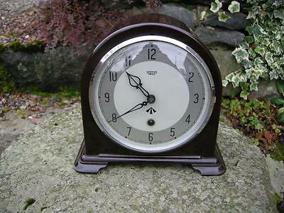 Smiths Military Bakelite Cased Mantle Clock In Vg Working Order