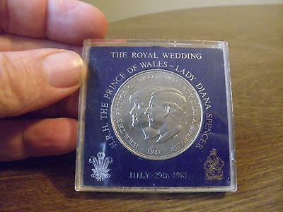 1981 Lady Diana Prince Charles Royal Wedding Commemorative Coin W/ Case