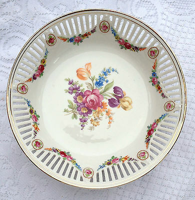 Beautiful! Bavaria Dresden Flowers Pierced Bowl with Floral Garlands (651)