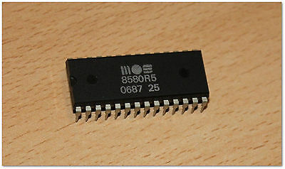 Commodore 8580R5 SID chip