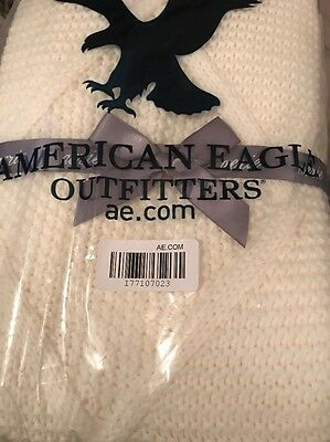 """NWT Aerie American Eagle cream white cable knit soft cozy Blanket Throw 40""""x50"""""""