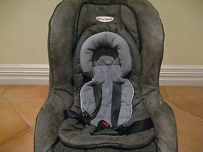 Safe n Sound Baby Car Seat  ***350.00-NEW***  EXCELLENT CONDITION