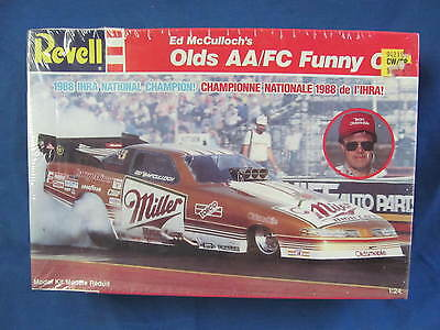 Revell Ed McCulloch's Olds AA/FC Funny Car 1:25 Model Kit #7122 Factory Sealed
