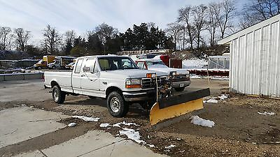 1997 Ford F-250  1997 Ford F-250 4X4 with Plow