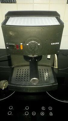 Cafetiere Expresso Krups Type 988 Pression 15 Bars  A Saisir !!!