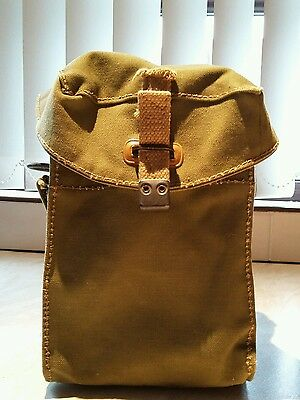 WW2 British army assault gas mask pouch.