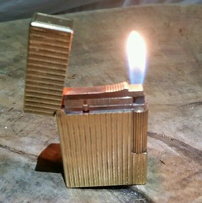 Dupont lighter Gatsby gold plated verlical lines 1970s