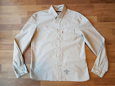 Men's Shirt by LEVI STRAUSS & CO - Size M