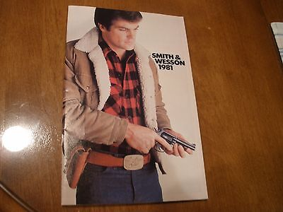 1981 Smith & Wesson Gun Pistol CaCatalog Model 1000 3000 9mm .45 holsters belts