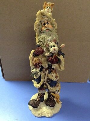 FREE SHIPPING!! BOYDS BEAR FIGURINE- Santa Fuzznick Claws Co Christmas