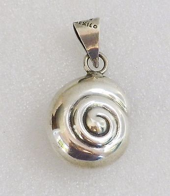 Vintage Mexico T5-01 925 Sterling Silver Puffy Swirl SNAIL SHELL Pendant