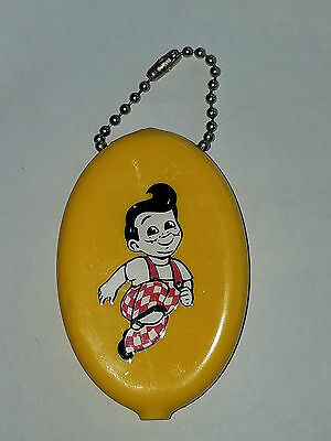 Bob's Big Boy Burgers Yellow Vinyl Key Chain Coin Purse USA.