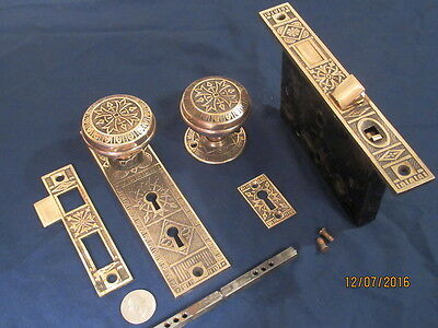 Antique Victorian Barrows Lock Co. Entry Doorknob Lock Set Complete 1885 Bronze
