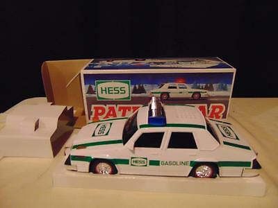 "New in box 1993 Hess Patrol Car 11"" long green & white headlights Dual Siren"