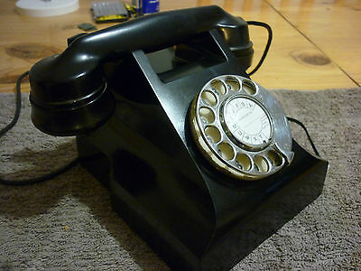 Vintage Retro 300 Series Black Bakelite Phone Good Condition Fully Operational