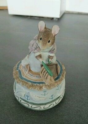 Beatrix Potter Musical 'Mrs Tittlemouse' excellent condition