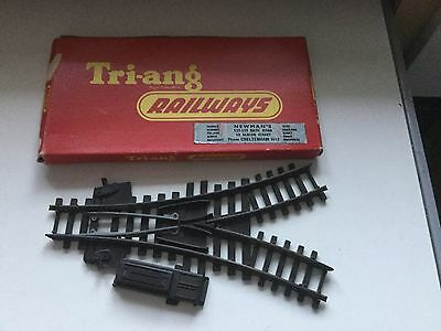 Oo-Triang R437--Y Points With Fitted Point Motor,boxed