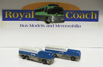 "Greyhound Scenicruiser 3-1/4"" Bus Salt & Pepper Shakers"