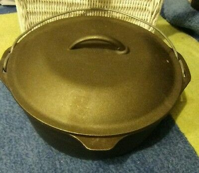 Lodge Cast Iron Cooking Pot With Lid.