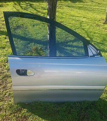 Holden WL Statesman Complete  Right front door Paint code 470G fit WK VX VY VZ y