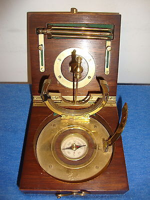 Wood Cased English Compass Made In England   !!!!look!!!!!!