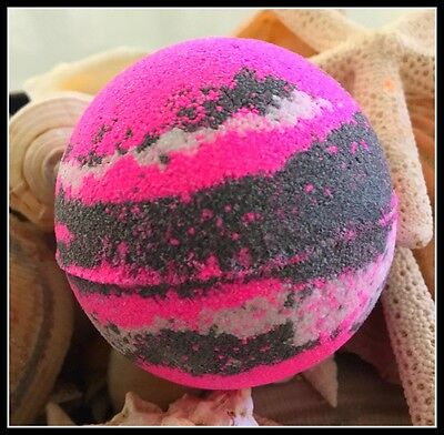 "3 x""MISBEHAVIN""Black Aromatherapy Bubble Bath Bomb with activated charcoal 160g"