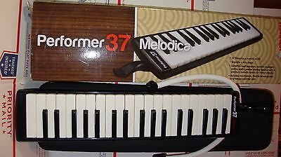 Hohner Performer 37 Melodica