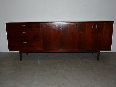 Vintage Danish Modern Walnut Credenza Sideboard Server Buffet 110218