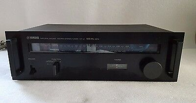 Yamaha Natural Sound AM/ FM Stereo Tuner CT-VI