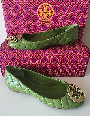 Tory Burch Quinn Reva Green Quilted Leather Gold Logo Flats. Size 5