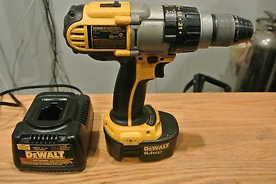 "Used Dewalt 14.4V 1/2"" Drill, Driver, Hammerdrill DCD930 w/Battery & Charger"