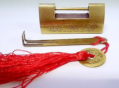 RARE Carving Chinese Retro Antique Brass 6.5cm Pad Lock With Key Tassel FREESHIP
