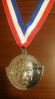 Marvel Collector Corps 1 Year Hero Captain America (Avengers) Medal Gift *rare*