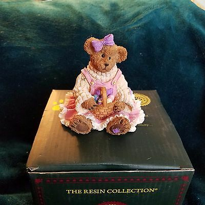 Boyds Bearstone Edie Eggbeary...Colors of Easter