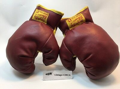 *VINTAGE* SUGAR RAY ROBINSON SPORTS FUN BOXING GLOVES - Youth Size (1950s) RARE