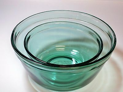 Anchor Hocking Nesting Bowls Green Set of Two
