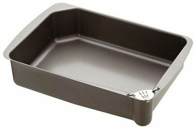 Master Class Non-Stick Roasting Tin With Pouring Lip, 34 X 23 Cm (13.5 X 9 )